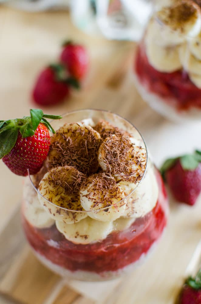 Oatmeal pudding prepared using fresh fruits like strawberries and bananas with healthiest grains like steel-cut oats. It is perfect to kickstart any mornings.