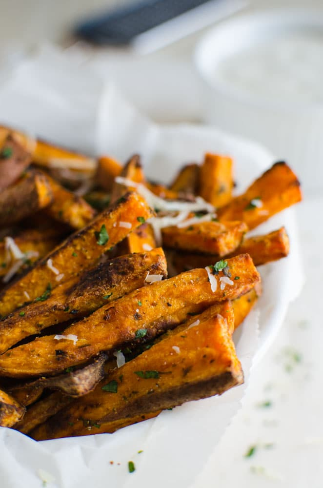 Oven roasted sweet potato fries are perfect alternatives to fried potato french fries. A healthy side dish to pair with burgers, wraps and sandwiches
