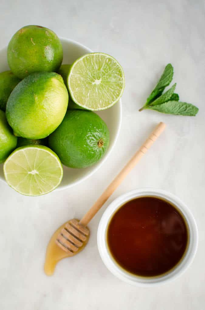 Homemade honey limeade recipe perfect for weight watchers. | watchwhatueat.com