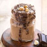 This chocolate banana smoothie is delicious and naturally sweetened for healthy morning breakfasts