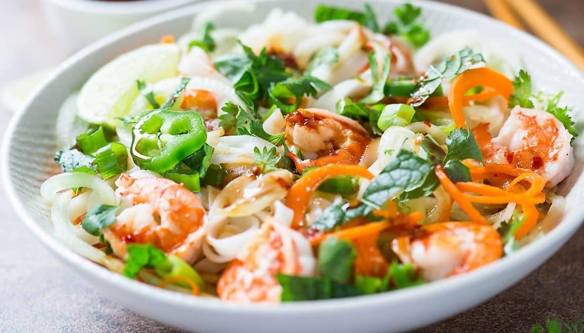 Under 30 min Vietnamese Summer Rolls Salad Bowl   Healthy & Nutritious