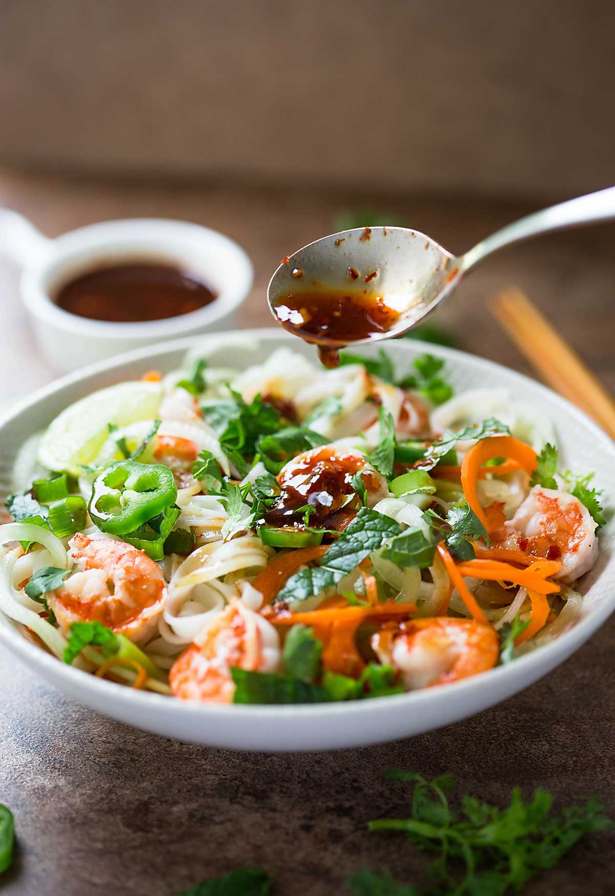 ThisVietnamese Summer Rolls Salad Bowl is a perfect alternative to wrapping Vietnamese summer rolls in rice paper wraps.