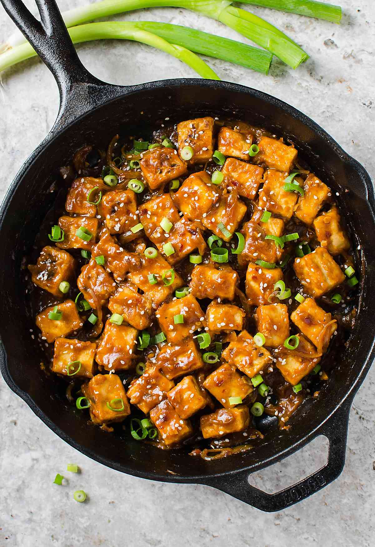 30 min healthy asian chili garlic tofu stir fry one pan meatless extremely flavorful asian chili garlic tofu stir fry in just 30 minutes a forumfinder Images
