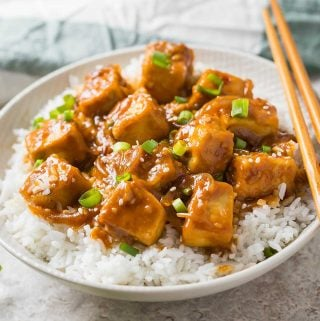 30 min Healthy Asian chili garlic tofu stir-fry