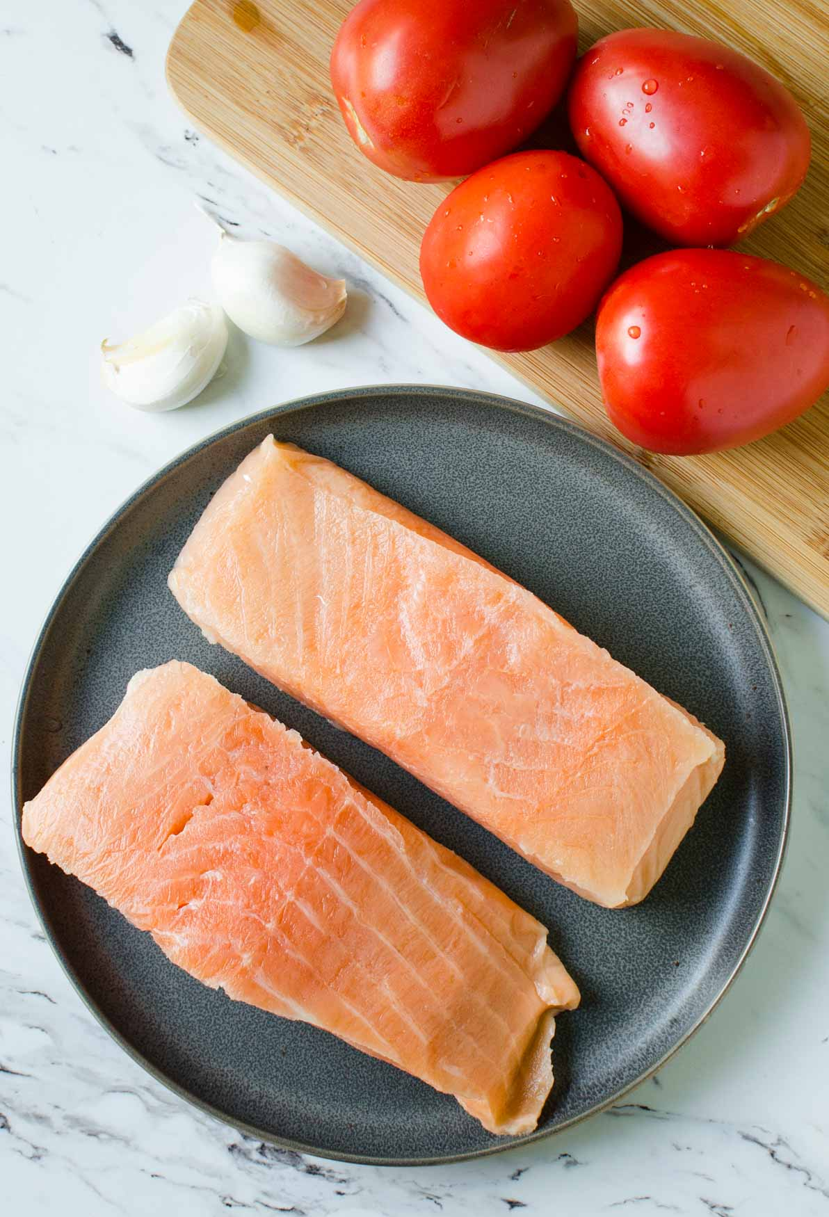 Ingredients for making Salmon in Tomato Sauce
