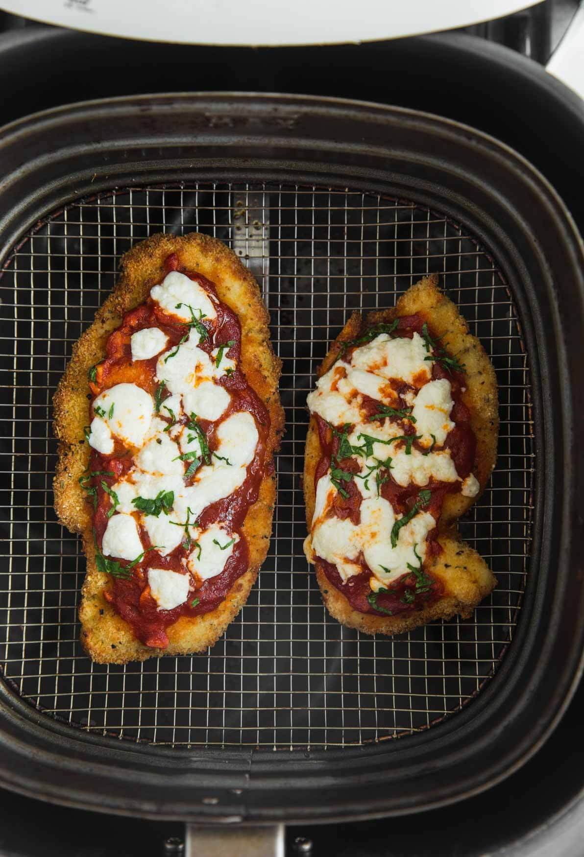 How To Make Chicken Parmesan In The Air Fryer Quick And Easy Recipe